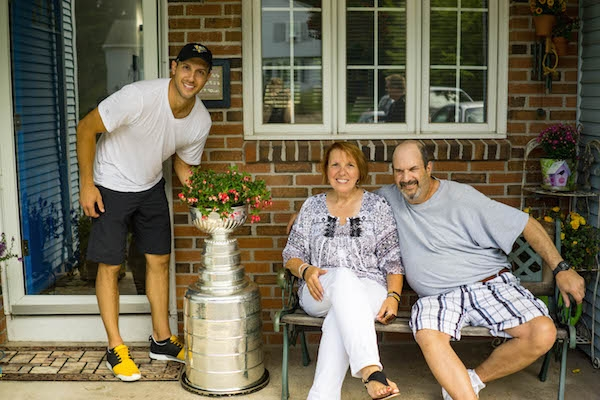 stanley cup-03052